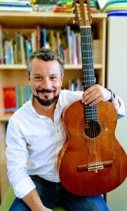 'La clave del príncipe Sol', el poder educativo de la música con la magia de Juan González Caballero 2