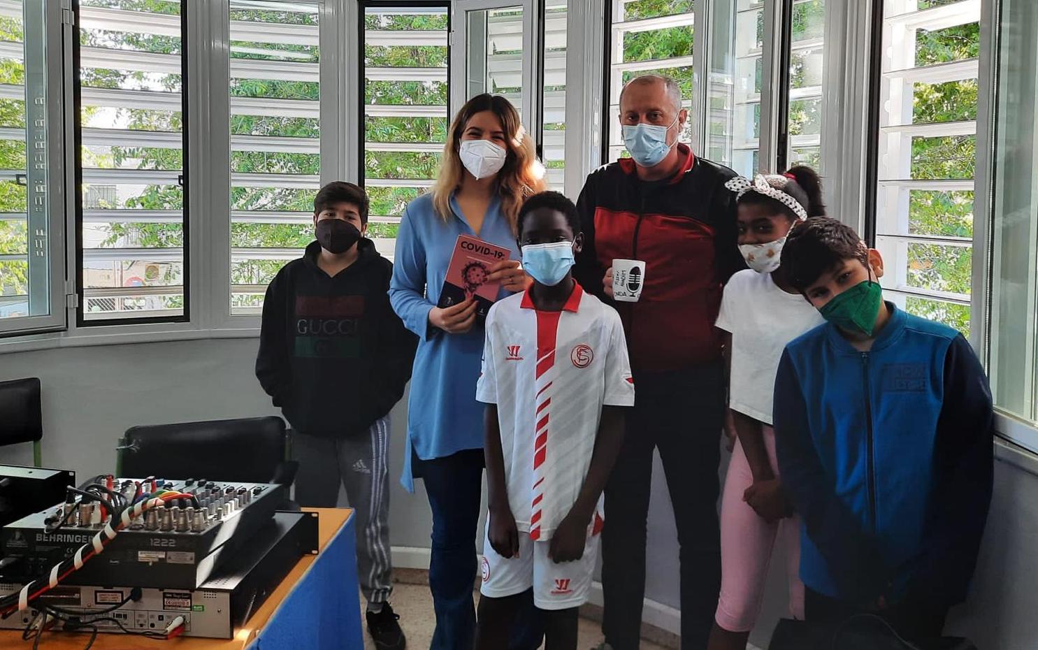 Los alumnos del Adriano del Valle conocen la hiperinmunidad entrevistando al autor Fermín Cabanillas 1